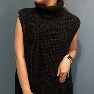 Knitted vest (H&M)